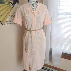 Vintage 1960s mod peach shift dress